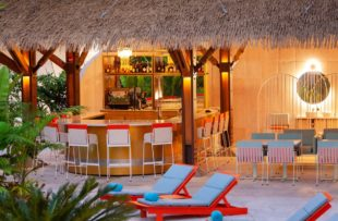 Aguas Claras - Poolside Bar (HA Web)